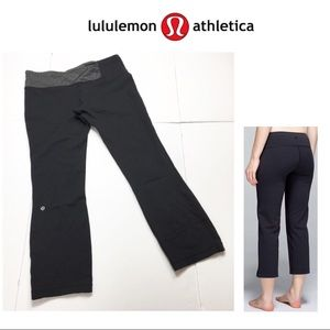 Lululemon Black Groove Crop Pants